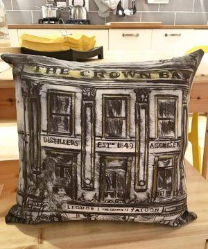 Crown Bar Cushion-0